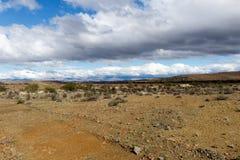 Donkere Wolken op de Berg - Prins Albert Landscape Royalty-vrije Stock Afbeelding