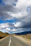 Donkere Wolken over de Bergen - Klaarstroom-Landschap Stock Afbeelding