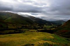 Donkere wolken over Grassmere stock foto