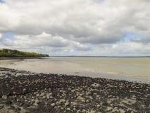 Donkere wolken over Shannon River royalty-vrije stock fotografie