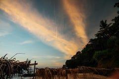 Donkere zonsondergang op het overzees Stock Fotografie