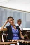 Donna abbastanza giovane e sicura Fotografia Stock Libera da Diritti