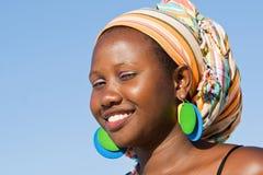 Donna africana astuta Immagini Stock Libere da Diritti