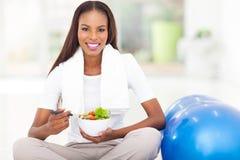 Donna africana in buona salute Immagine Stock