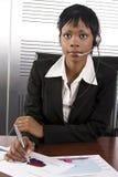 Donna africana di affari fotografia stock libera da diritti