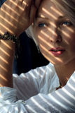 Donna alla luce solare Fotografia Stock