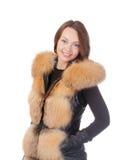 Donna alla moda in rivestimento della pelliccia di inverno immagine stock libera da diritti