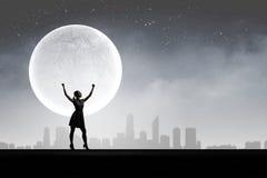 Donna alla notte Fotografia Stock Libera da Diritti