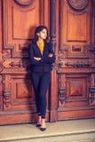 Donna americana dell'indiano orientale dei giovani a New York Immagine Stock