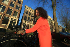 Donna a Amsterdam immagine stock libera da diritti
