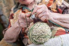 Donna anziana attiva Fotografia Stock Libera da Diritti