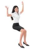 Donna asiatica alzata armi piene del corpo giovane Fotografia Stock