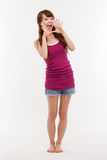 Donna asiatica giovane di conversazione Fotografia Stock