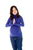 Donna asiatica incinta isolata sul predare bianco immagine stock