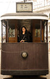 Donna asiatica sul vecchio carrello cinese Immagini Stock