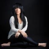 Donna attraente del brunette Fotografie Stock Libere da Diritti
