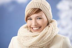 Donna attraente in vestiti di inverno Immagine Stock Libera da Diritti