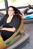Donna in automobile di respingente fotografia stock libera da diritti