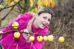 Donna in autunno Immagini Stock