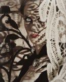 Donna bella con le ombre del merletto Fotografia Stock Libera da Diritti