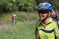 Donna-bicyclist fotografie stock libere da diritti