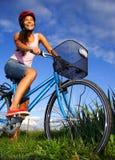 donna biking Fotografia Stock Libera da Diritti