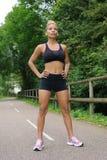 Donna in buona salute di forma fisica Immagine Stock