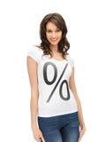 Donna in camicia con il segno di percentuali Fotografia Stock