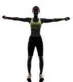 Donna che esercita il peso di allenamento di forma fisica che prepara s Fotografie Stock