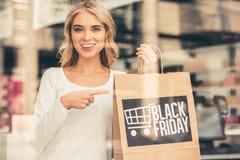 Donna che fa acquisto Fotografia Stock Libera da Diritti
