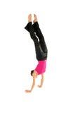 Donna che fa handstand Fotografia Stock Libera da Diritti