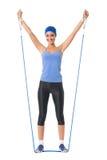 Donna che fa le esercitazioni di forma fisica immagine stock