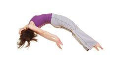 Donna che fa un backflip di somersault Immagini Stock