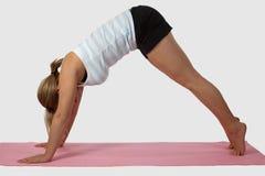 Donna che fa yoga Fotografia Stock Libera da Diritti