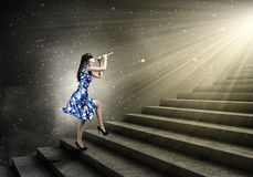 Donna che gioca piffero Fotografia Stock Libera da Diritti