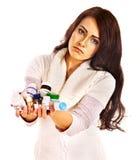 Donna che ha le pillole e compresse. Immagini Stock Libere da Diritti