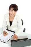 Donna che lavora al calcolatore Fotografie Stock