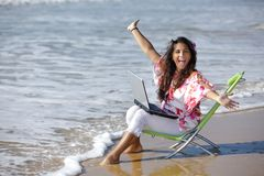 Donna che lavora in mare Fotografia Stock Libera da Diritti
