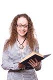 Donna che legge vecchio libro Immagine Stock