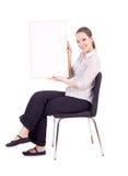 Donna che mantiene segno in bianco, tabellone per le affissioni Immagini Stock Libere da Diritti