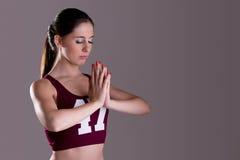 Donna che Meditating Immagini Stock Libere da Diritti