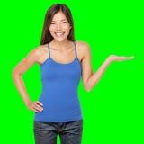 Donna che mostra felice isolato Immagini Stock Libere da Diritti