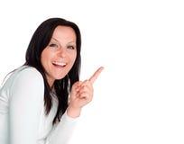 Donna che mostra tabellone per le affissioni vuoto con il posto f Immagini Stock