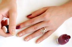Donna che prepara manicure Fotografia Stock