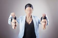 Donna che sceglie identità immagine stock