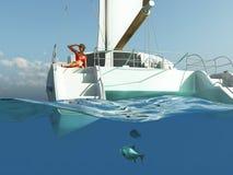 Donna che si distende sull'yacht Fotografie Stock