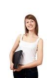 Donna che si leva in piedi con l'isolato del computer portatile Fotografie Stock