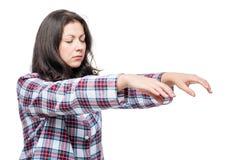 Donna che soffre dal sonnambulismo, ritratto su bianco Fotografia Stock Libera da Diritti