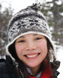 donna che sorride in inverno Fotografia Stock Libera da Diritti