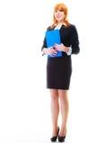 Donna che tiene lavagna per appunti blu Immagine Stock Libera da Diritti